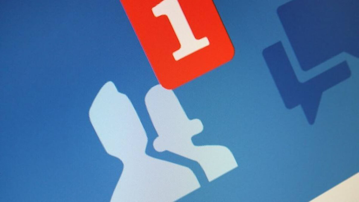 Are social networks ruining our real friendships?