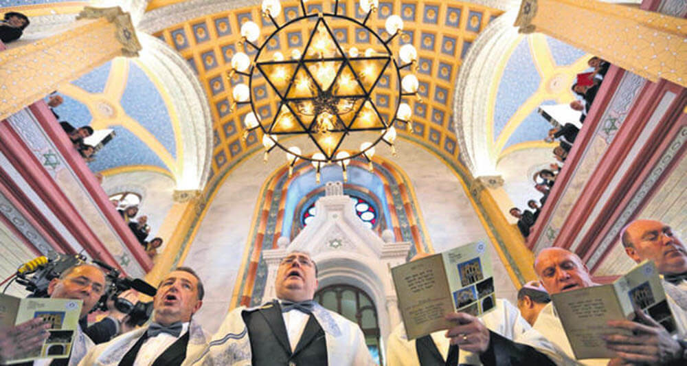Jewish community welcomes reopening of synagogue