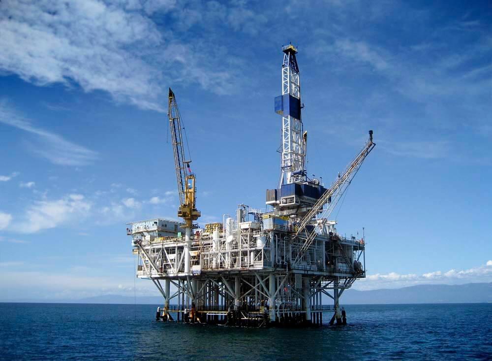 Falling oil prices and Saudi Arabian economy