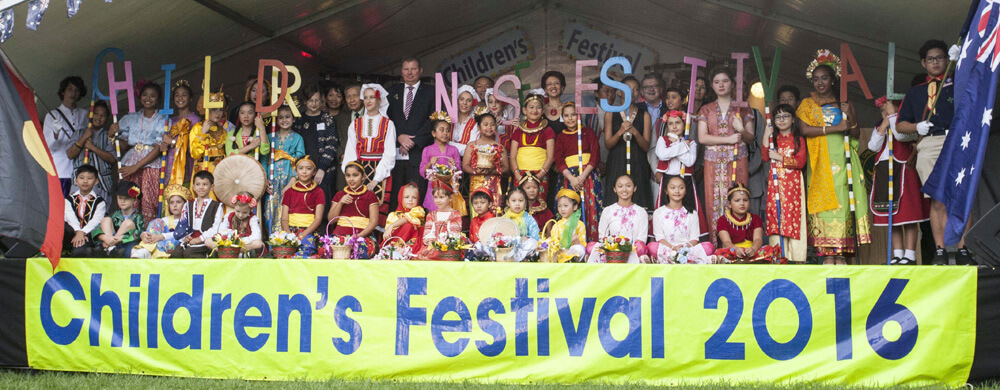 Children perform in perfect harmony at Circular Quay