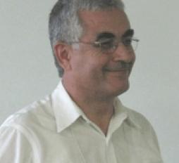 Dr Salih Yucel