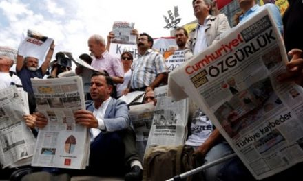 Turkish court frees opposition journalists