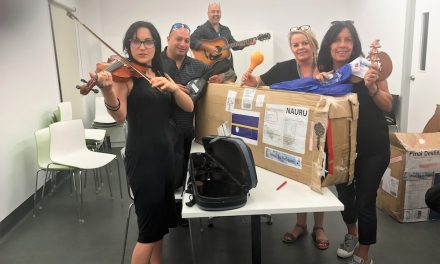 Musical instruments for refugees in Nauru