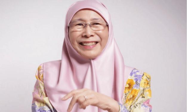 Wan Azizah breaks gender myths