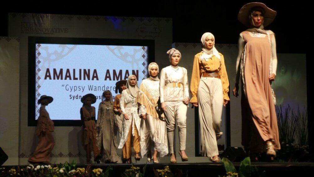 Australian Islamic fashion designers in Indonesia