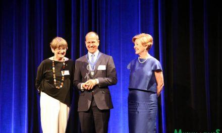 Greste wins Human Rights Medal