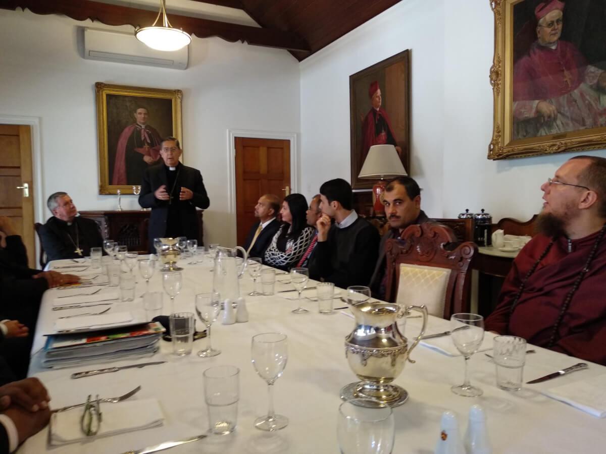 Vatican's dialogue delegation meets interfaith leaders